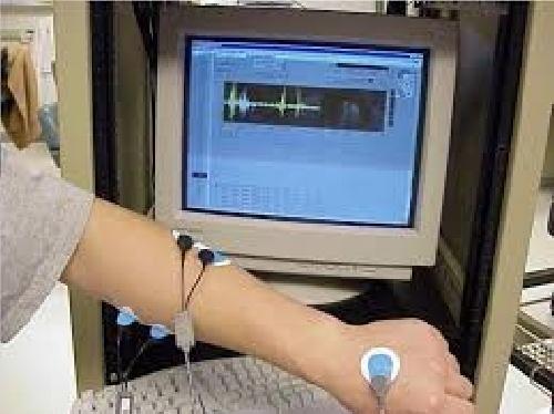 دانلود پایان نامه کارشناسی مهندسی پزشکی- طراحی وساخت دستگاه ثبت کننده سیگنال الکترومایوگرام دو کاناله