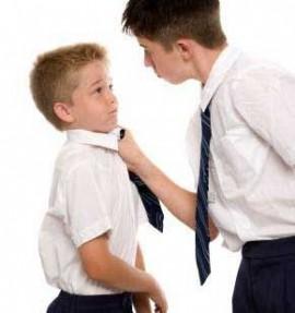 چگونه با بچه های قلدر رفتار کنیم؟
