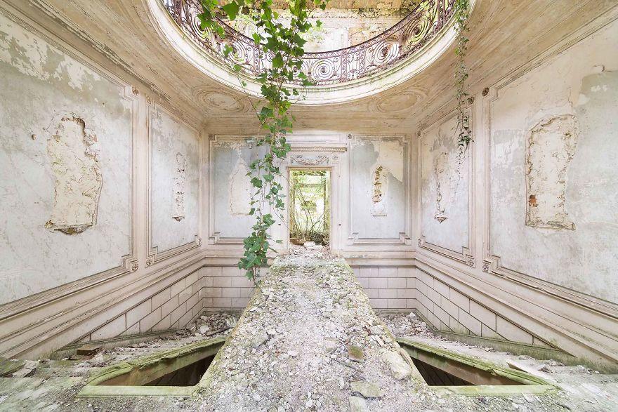 عکس هایی رمزآلود از بناهای متروکه
